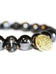 stretch_bracelet_skull_mens_hematite_bead_modelimage2