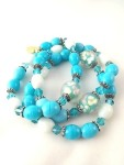 urban_hippie_healing_floating_flower_floral_bead_spiritual_turquoise_white_graceful_stretch_bracelet_modelimage3